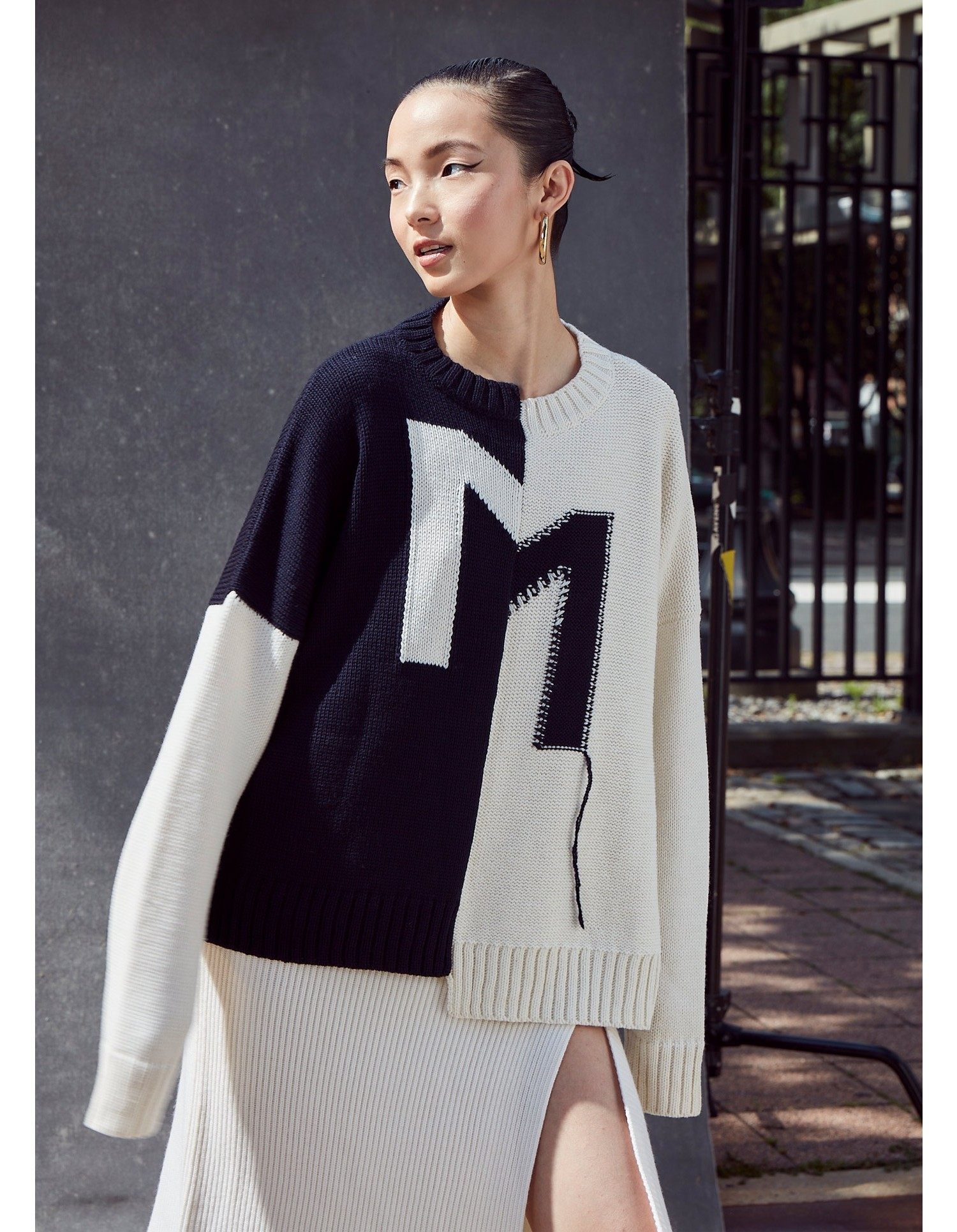 CROOKED M PULLOVER SWEATER