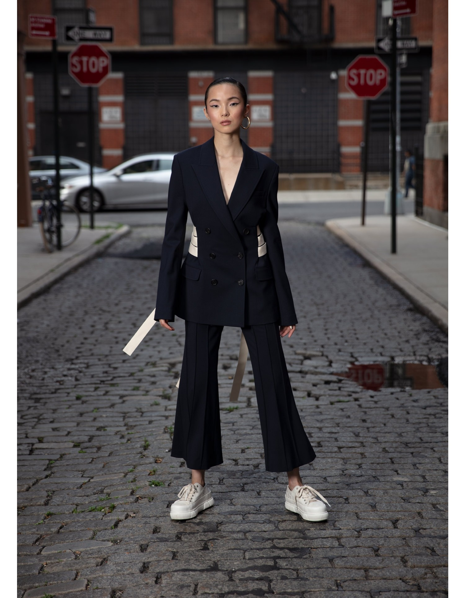 MONSE Cropped Flare Pintuck Pant in Midnight on Model Full View